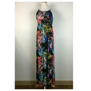 Lucy & Laurel Spaghetti Strap Floral Maxi Dress